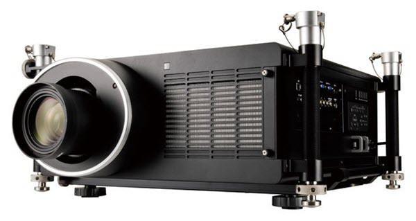 Galingo 11000 lumenų projektoriaus nuoma